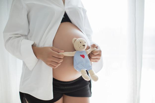 Stil de gravidă: Cum să te îmbraci când ești însărcinată?