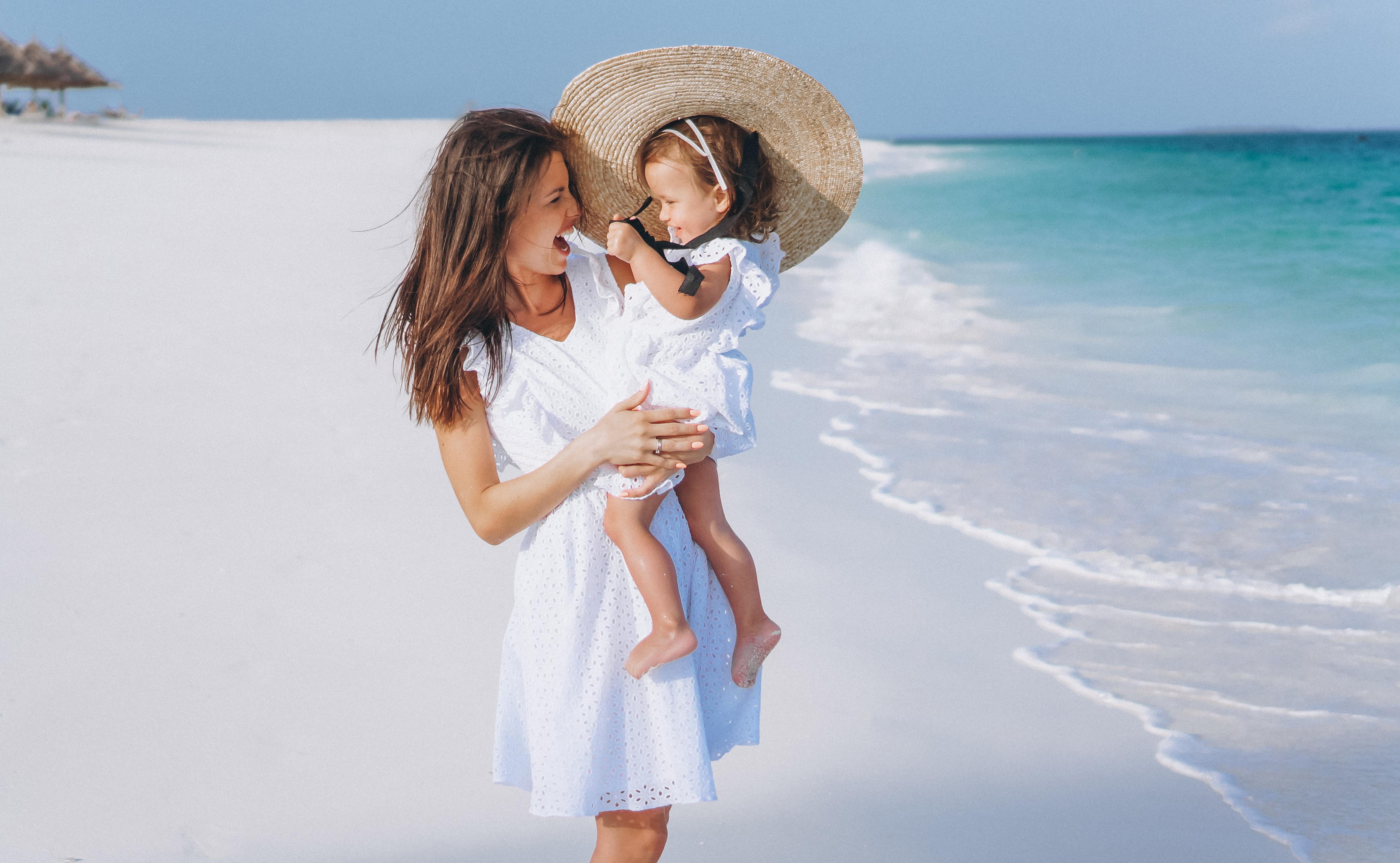 Protecție solară pentru copii și bebeluși