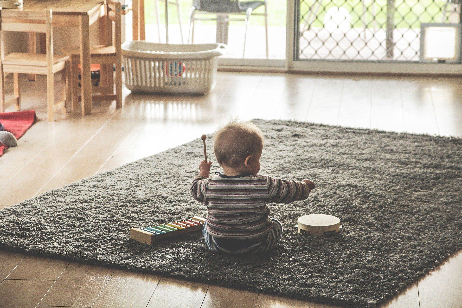 Cele mai amuzante activități pentru bebeluși